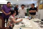 汪琼生活-在黄山卫康作画掠影……创作了《神仙图》,国画花鸟画,尺寸50【图2】
