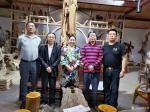任燕生活-画家任南熹陪同中国城镇化促进会三峡中心主任、重庆三峡工程物资【图1】