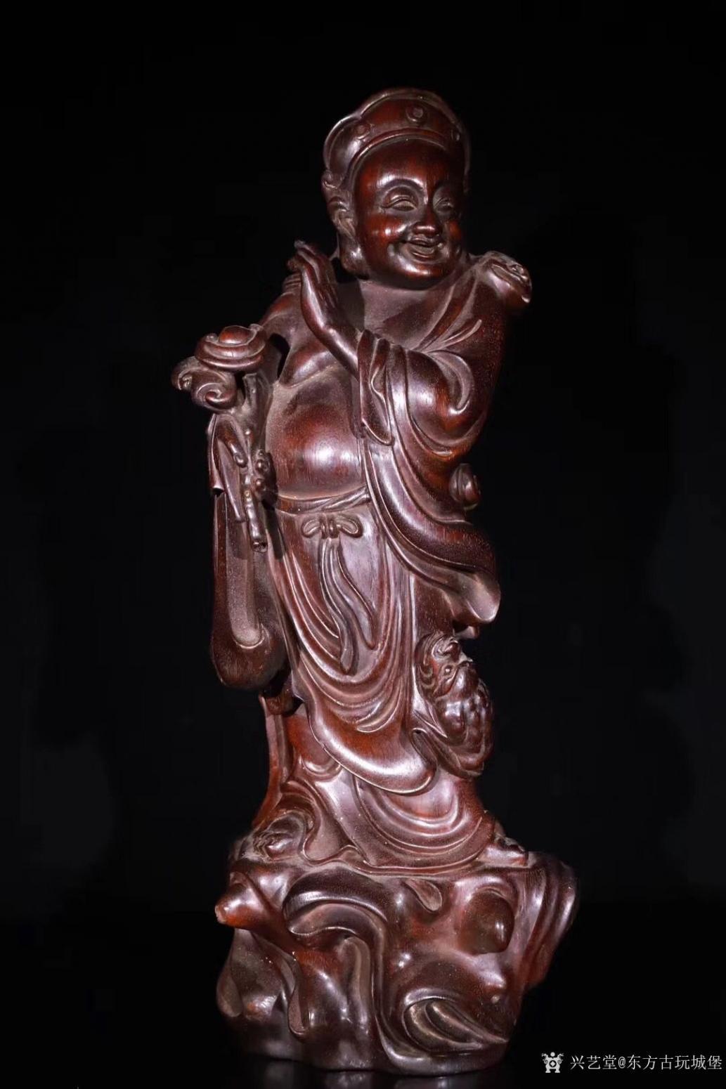 东方古玩城堡雕刻作品《紫檀木刘海戏金蟾》