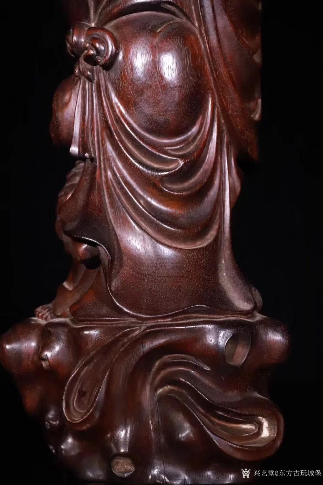 东方古玩城堡雕刻作品《紫檀木刘海戏金蟾》【图8】