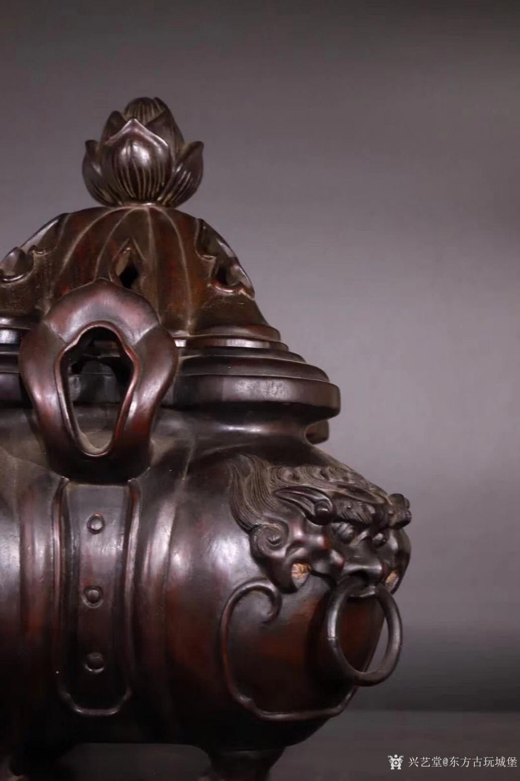 东方古玩城堡雕刻作品《紫檀香薰炉》【图6】