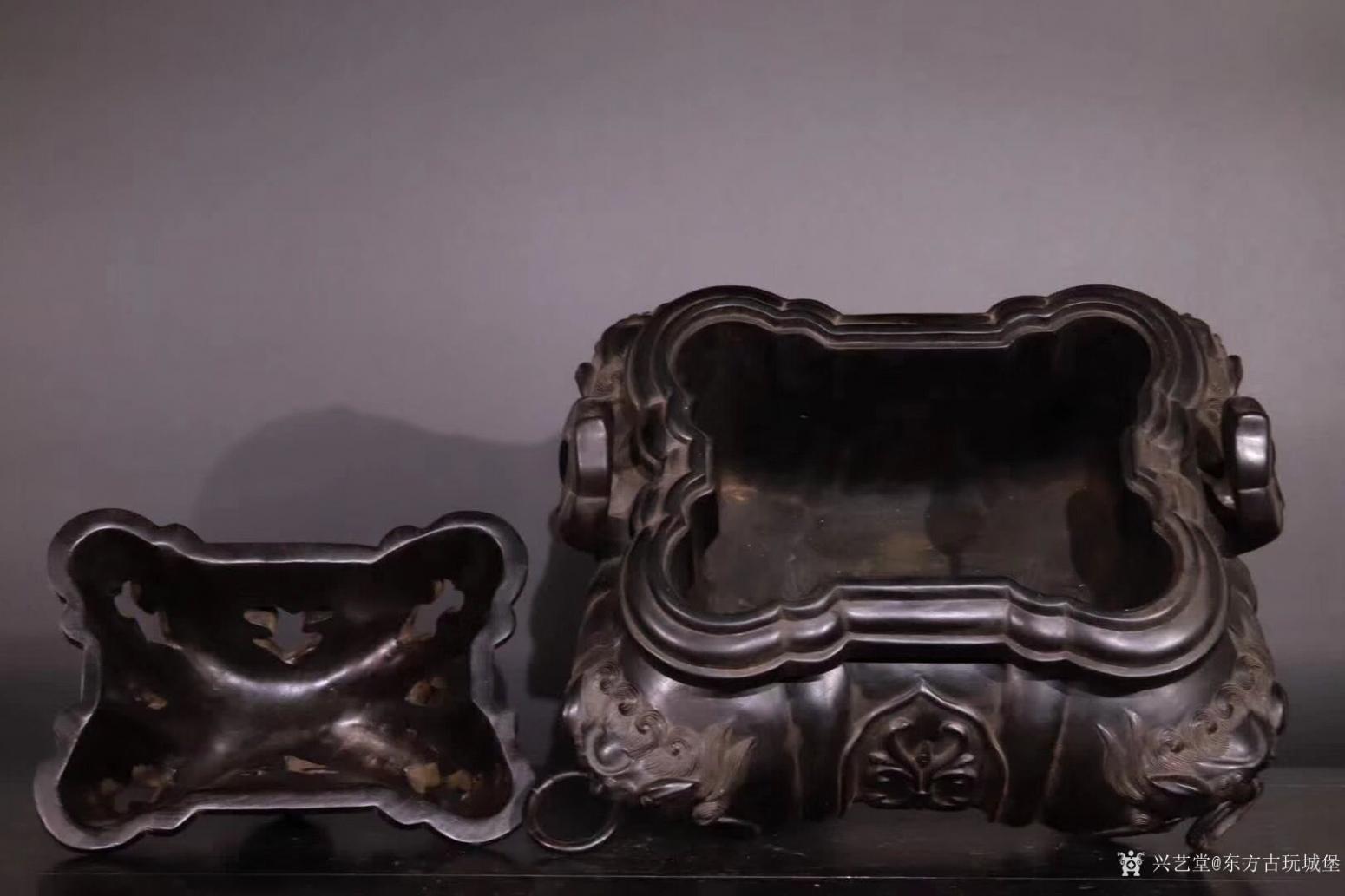 东方古玩城堡雕刻作品《紫檀香薰炉》【图7】