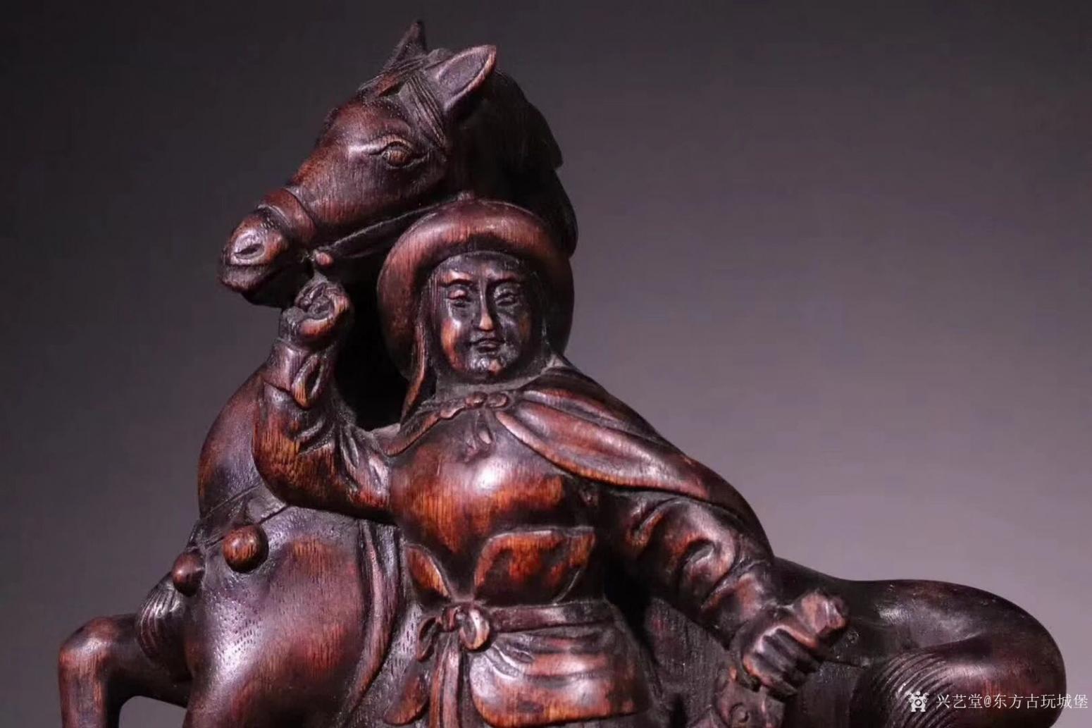 东方古玩城堡雕刻作品《花木兰出征》【图2】