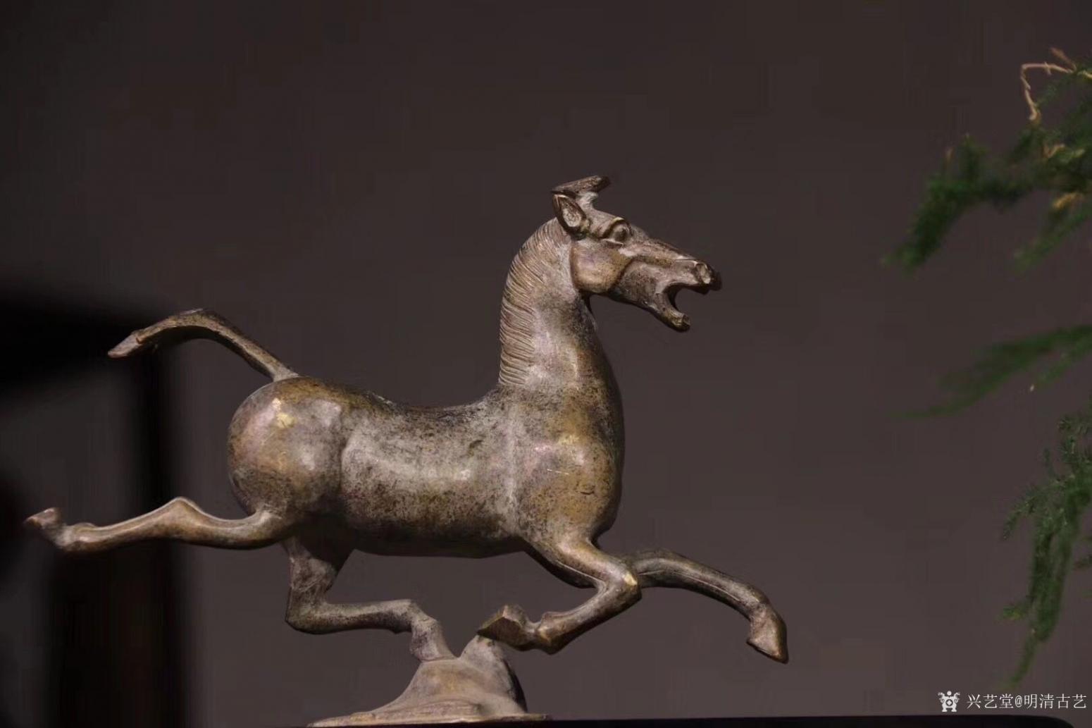 明清古艺雕刻作品《马踏飞燕.铜》