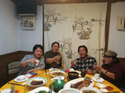 王东帝生活-很荣幸,和三位大师喝酒聊天!!谢谢兄弟们!!——顾飙大师~中国非物质文化传承人,【图1】