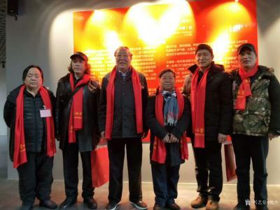 """魏杰生活-""""两江风骨""""中国画作品展于春节期间举行,我的作品参展,分享展会期间人潮涌动的场景【图2】"""
