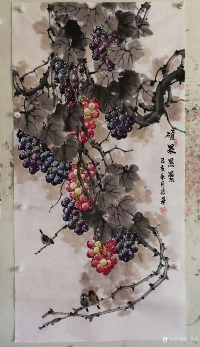韩宗华日记-国画花鸟画葡萄系列《硕果累累》,葡萄架下配麻雀,动静结合,别有一番生趣。   【图2】