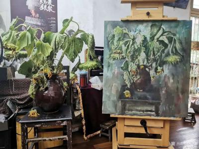 杨洪顺日记-油画写生作品《向日葵》,第5天,画到叶子都枯萎了,好好干活,想法不要太多。【图1】