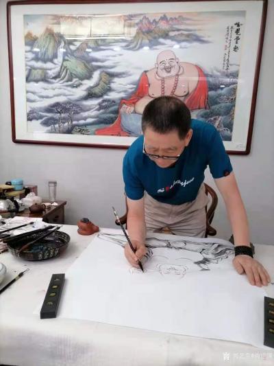 尚建国日记-大自在弥勒佛绘画在瓷器上,又是别有一番神韵。 清晨喜鹊鸣枝头,提醒我们善待生命【图1】