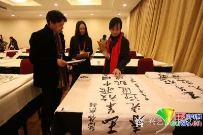 杨牧青日记-杨牧青:美院科班为啥不如社会职业画家有市场?(2015-02-11 18:39 【图1】